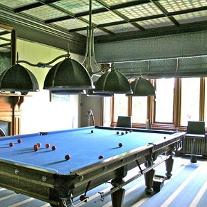 Billiard table removalists